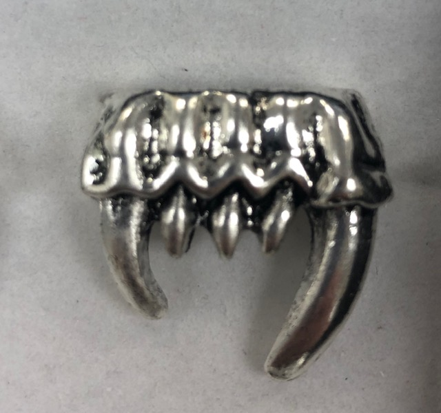 DEMON AND FANG RING