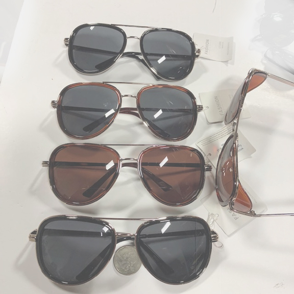 AVIATOR STYLE FRAMES WITH SIDE SHIELD, METAL ARMS SUNGLASSES