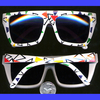 80&#39S PARTY TRIANGLES  PRINT  MOD SUNGASSES