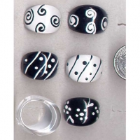 BLACK & WHITE RINGS WITH WAVY, ASST LINES