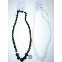 BLACK/WHITE 24 INCH BEAD NECKLACE AND EARRING SET