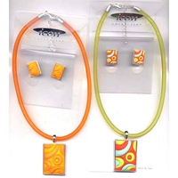 MOD LOOKING CHOKER AND EARING SET 2 COLORS