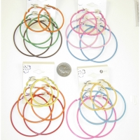 3 HOOP EARRINGS IN 3 DIFFERENT SIZES. DIFFERENT COLORS