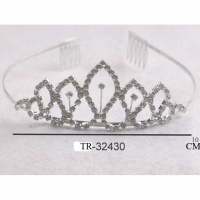 SILVER COLOR TIARA WITH A GEM IN 3 CENTERS