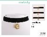 BLACK VELEVET CHOKER WITH CAMEO DROP