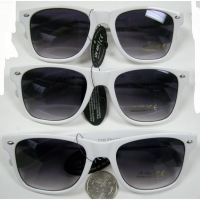 BLUES BROTHERS SUNGLASSES IN WHITE FRAMES