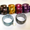 BANGLE IN 6 COLORS 1 3/4 INCH