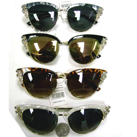 COOL LADIES STYLE SUNGLASSES WITH GEMS ON SIDE
