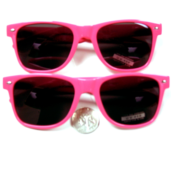 BLUES BROTHERS SUNGLASSES IN A BRIGHT PINK COLOR