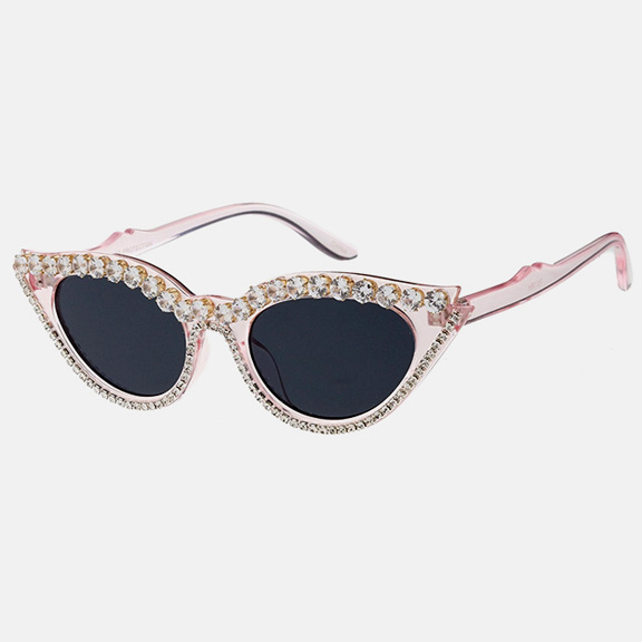CAT CUTSY LOOK SUNGLASSES WITH CLEAR CRYSTALS.