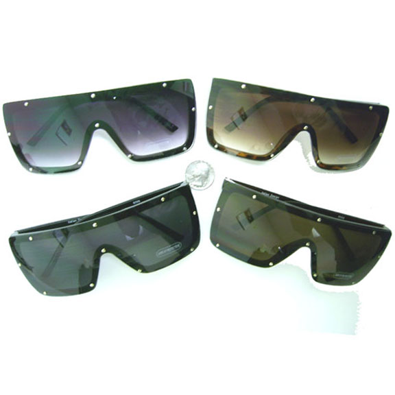 SHIELD STYLE WITH RIVETS LOOK  SUNGLASSES