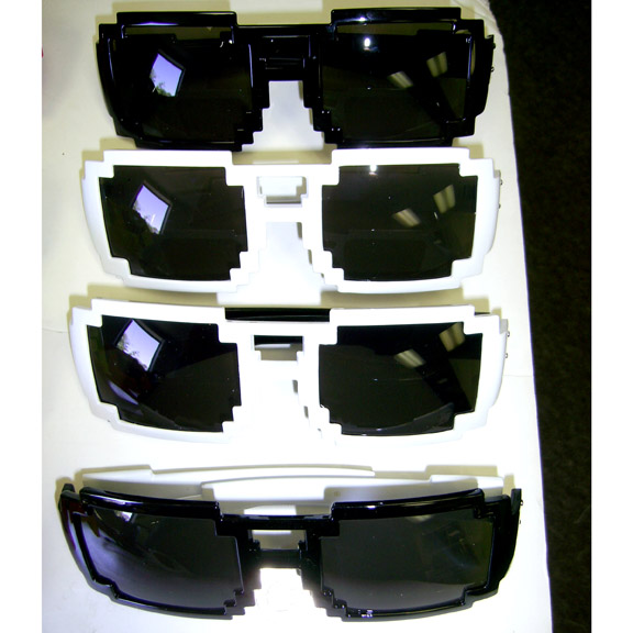1A PIXEL SHAPE SUNGLASSES BLACK AND WHITE FRAMES