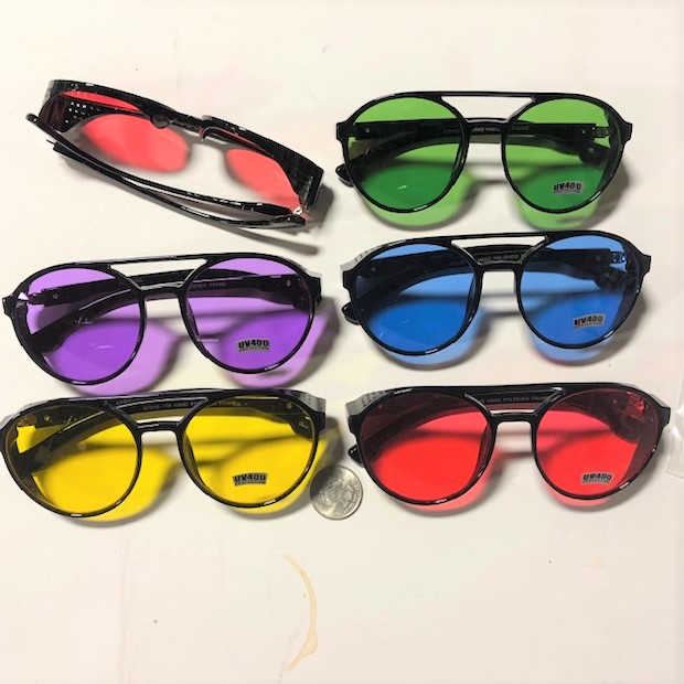COLOR LENSES COOL SUNGLASSES WITH SIDE SHIELD