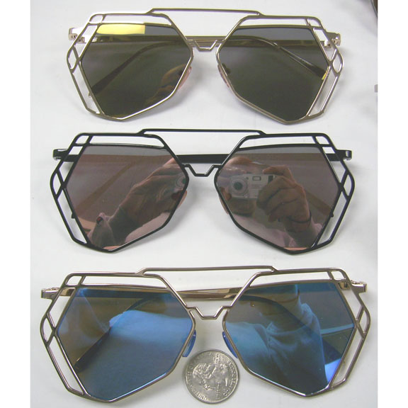 ANGULAR AVIATORS WITH DOUBLE EDGE AND FLAT FRAMES REVO LENS