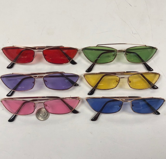FUNKY SMALL FRAME SUNGLASSES WITH METAL BAR IN ASSORTED COLORS
