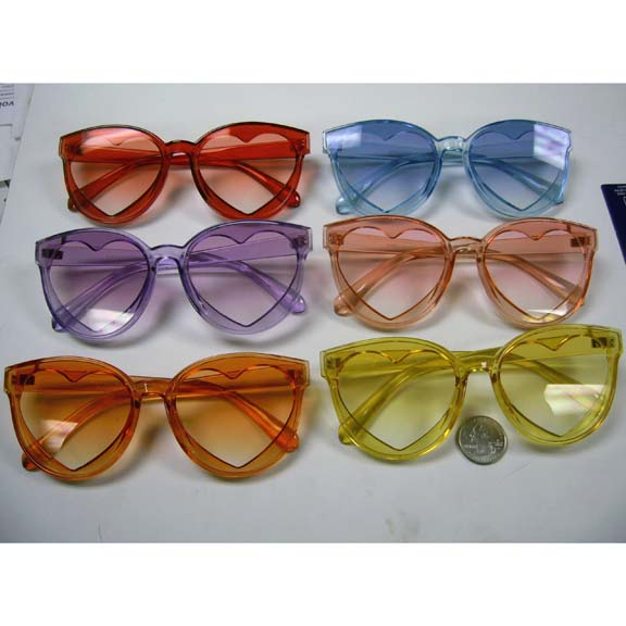 HEART SHAPE SUNGLASSES IN BRIGHT TRANSCLUCENT COLORS